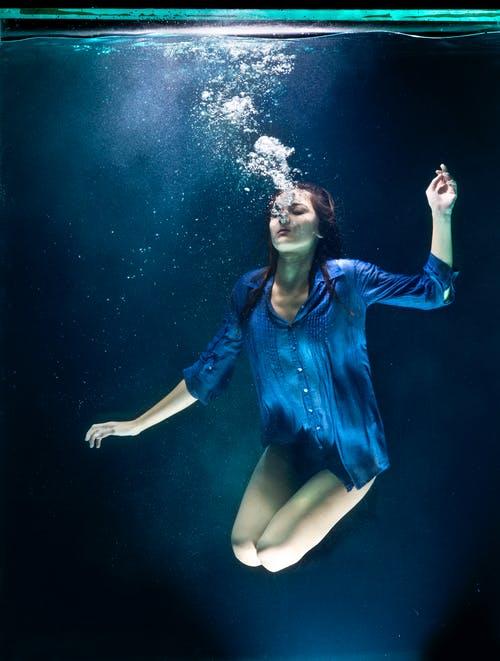 呼吸を深め、排泄できる反射区